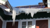 Don't Let Ice Dams Damage Your Roof